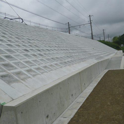 JR阪和線 和泉砂川〜和泉鳥取間 災害復旧